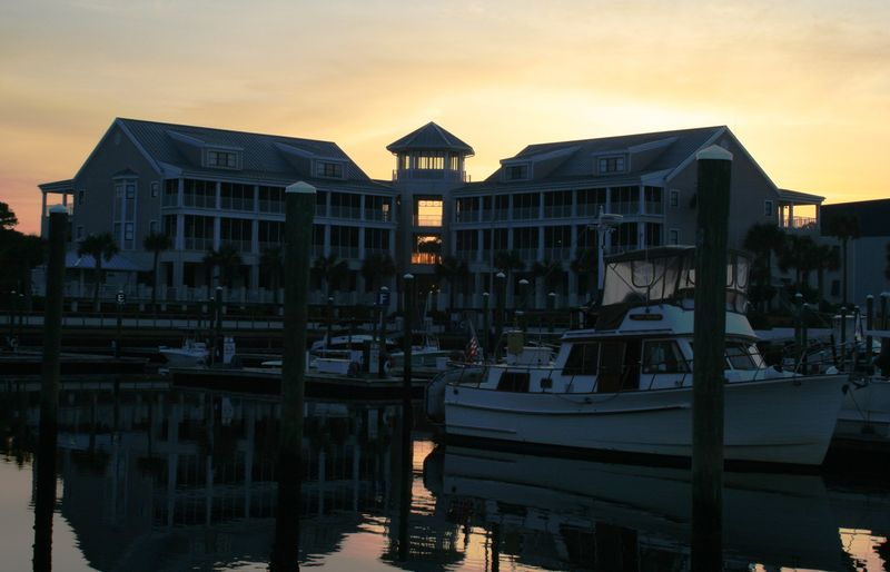 19 st james marina dusk