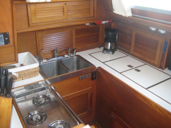 CETACEA - 59' Hinckley Sou'wester Reduced from $595000 to $525000