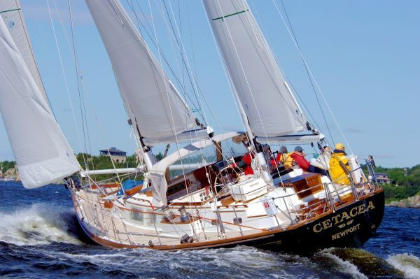 59' Hinckley Sou'wester Ketch. Year: 1983; Current Price: US$ 595000 Now ...