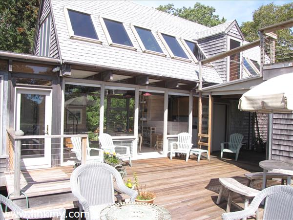 Deck w windows