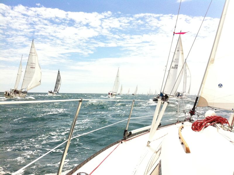 Figawi silver waves