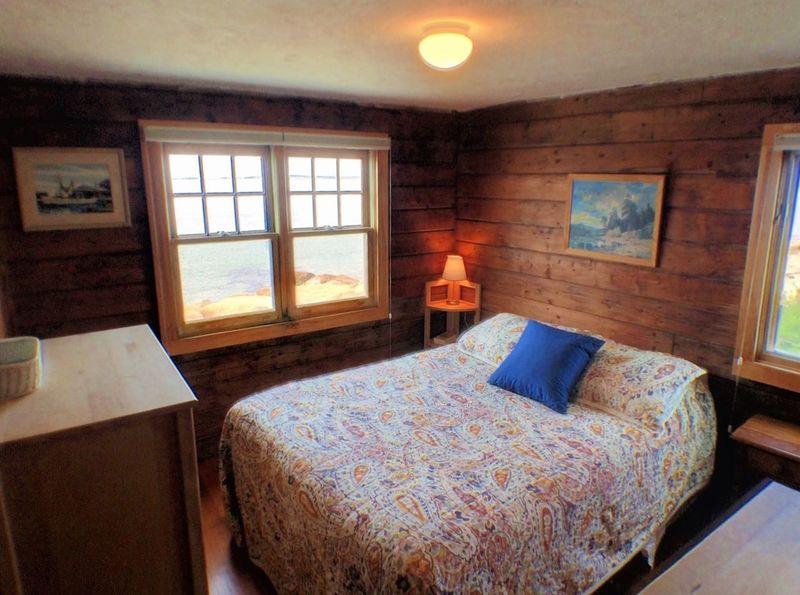 HC bedroom