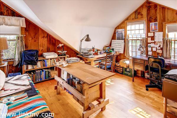 Writer's room
