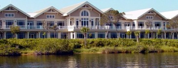 Harbourridgeclubhousefrom_river